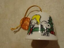Vintage Snoopy Peanuts Christmas Ceramic Ornament Sm Bell Japan Linus w Piano