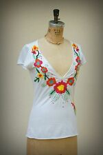 JOHNNY WAS Top Embroidered Love Flowers Deep Sccop Neckline Extra Small-Small