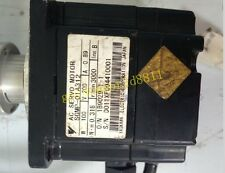 Yaskawa servo motor SGMP-01A312 good in condition for industry use