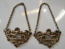 Paire de plaques-chaine en métal type argenté pour décoration bouteille,n°612.