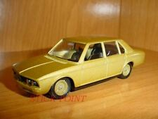 BMW 530 - SERIE 5 METALLIC GOLD 1:43 MINT!! WITH BOX!!!