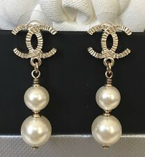 CHANEL GOLD CC LOGO 2 PEARL DROP POST EARRINGS VELVET BOX 2016