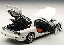 Autoart  MAZDA RX-7 FD SPIRIT R TYPE A PURE WHITE 1/18 Scale. New!