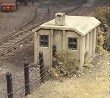 Ratio 518. Concrete Lineside Huts - Plastic Kit (OO)