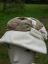 Vintage retro true 30s cream felt velvet cloche hat good