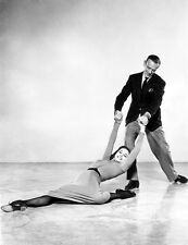 Cyd Charisse and Fred Astaire UNSIGNED photo - C480 - Silk Stockings