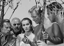 CREATURE FROM THE BLACK LAGOON CLAWS JULIE ADAMS AND CREW FIND A CLAW 8X10 PHOTO