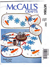 SEWING PATTERN Applique Quilt Snowman Table Runner & Place Mats Set McCall M7064
