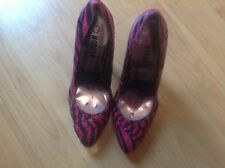 BNNB STUNNING PAIR BLACK PRINT STILETTO HEEL SHOES by MORGAN SIZE UK5 EU38