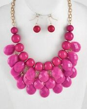 FUCHSIA AND GOLD TONE FACETED LUCITE DROPS BAUBLE BUBBLE BIP NECKLACE EARRING