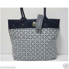 Tommy Hilfiger 6928786 104 Large Tommy White Navy by Agsbeagle #BagsFever
