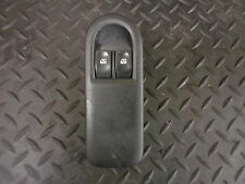 2006 RENAULT CLIO 1.5 DCI 5DR DRIVERS SIDE FRONT WINDOW SWITCH 8200356520