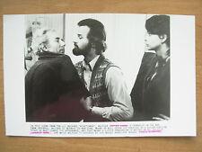 1981 FILM STILL PRESS PHOTO - NIGHTHAWKS - RUTGER HAUER & CHARLES DUVAL