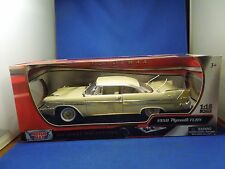 Vintage Motor Max 1958 Plymouth Fury Car Model Die Cast 1:18 Scale