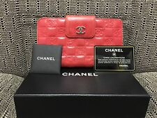 Authentic CHANEL Red Bifold Wallet Purse in Good Condition Free Shipping