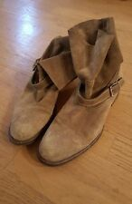 Gorgeous N.D.C. Made By Hand Beige Distressed Suede Ankle Boots 39 1/2
