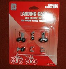 5330 MD-11  Wheel Landing Gear Set w/ rubber tires  Hogan Wings 1:200