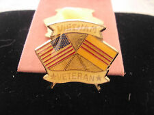 HAT PIN -VIETNAM VETERAN WITH CROSSED U. S. AND SOUTH VIETNAM FLAGS
