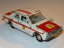 Dinky FORD CORTINA RALLY - 205