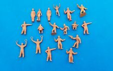 MARX PLAYSET -- SPACE FIGURES -  - ORANGE &  TAN - GROUP OF 18 FIGURES