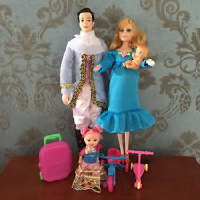 happy family Real pregnant doll mom have a baby in her tummy with barbie clothes