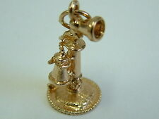 COLLECTORS 9CT GOLD MINI VINTAGE STYLE HAND TELEPHONE CHARM/PENDANT