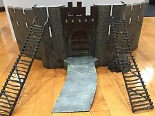 Lord of the Rings Battle at Helms Deep LOTR Armies Middle Earth Playset