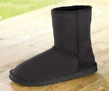 LADIES/GIRLS SHORT BLACK FAUX SUEDE BOOTS BNWT FROM TG SIZE 4