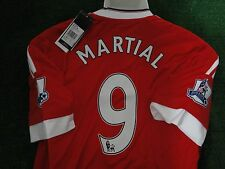 MAN UTD  HOME SHIRT MARTIAL N0 9 - 2015-16 BNWT SIZE MEDIUM PREMIERSHIP BADGES