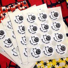 ADESIVI tramite posta tradizionale. le etichette tramite posta tradizionale. imballaggio.