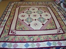 Nice Multi-Color Table Top w/App Roses & Rose & Granny Sq Frame Quilt