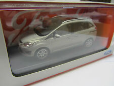 Genuine Ford Grand C-MAX 1.43 Diecast Model Car F35010848
