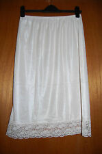 Damart Waist Slip Cream with Flower Lace Trim Size Small (UK 10/12) BNWOT