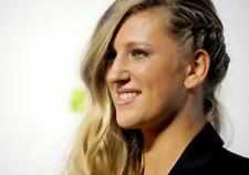 Victoria Azarenka A4 Photo 1
