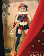 DC: Super-Villains: THE NEW 52 HARLEY QUINN figure - (joker/batman/robin)