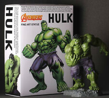 Crazy Toys Marvel Classic Avengers Series 1/6 Scale Hulk Fine Art Statue Figure