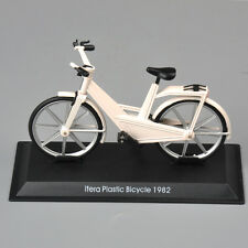 Delprado 1:15 Collection Itera Plastic Bicycle 1982 Model Bike Toy Christmas Gif