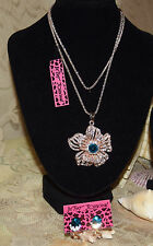 BETSEY JOHNSON GORGEOUS 2 PC SET CRYSTAL LACY FLOWER NECKLACE & EARRINGS