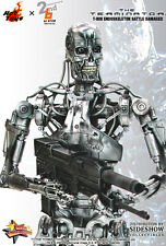 Hot Toys MMS The Terminator T-800 Indestructable Endoskeleton Battle Damaged