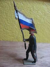CBG  MIGNOT VINTAGE OFFICIER RUSSE PORTE DRAPEAU  55 mm TERRASSE BEIGE