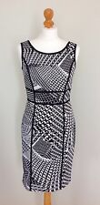 MARC NEW YORK (ANDREW MARC), MONOCHROME SHIFT / PENCIL / WIGGLE DRESS, SIZE 8