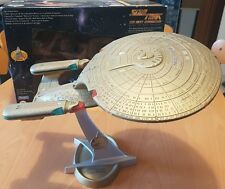 STAR TREK U.S.S. ENTERPRISE NCC 1701-D versione GOLD PLAYMATES