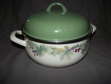 Pfaltzgraff Jamberry Metal/Enamel 5 Quart Covered Dutch Oven Pot