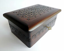 NEW HAND CRAFTED WOODEN JEWELLERY/TRINKET BOX