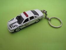 1995 CHEVROLET CAPRICE HOT ROD POLICE COP CAR DIECAST MODEL TOY KEYCHAIN WHITE