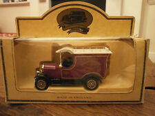 Lledo Days Gone Morris Bull Nose Van with 3 M Co decals