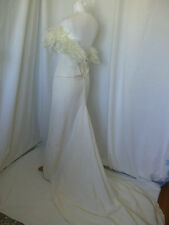 STRAPLESS FEATHERS TRIM VINTAGE WEDDING GOWN EXTRA SMALL UK 4-6 US 0-2