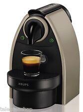 OFFERTA LIMITATA - Macchina caffè Nespresso Essenza XN2140 Krups + 166 CAPSULE