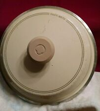 "Vintage CLUB Supra 7 3/4"" Cream Colored Pot Lid"