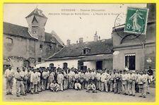 cpa Très RARE 02 - SOISSONS (Aisne) CASERNE CHARPENTIER L' Heure de la SOUPE